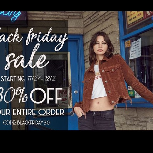 Black Friday sale happening now! 30% off everything, including sale! #hiddenjeans #spottedinhidden-